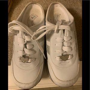 Sketchers white slip on tennis shoe